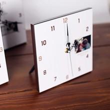 Modern simplicity clock